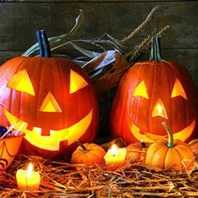 Общественная палата РФ предложила запретить Хэллоуин. А как вы относитесь к этому празднику?
