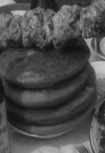 17 кадр. 4 пирога
