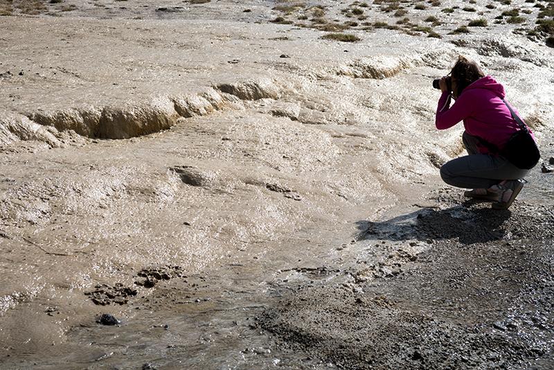В. Майоров Отложения туфа со струящейся минеральной водой.