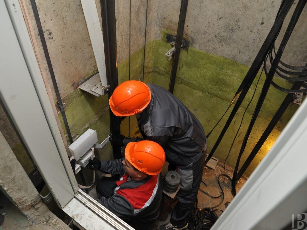 Строительно-монтажные работы по замене лифтового оборудования, в многоквартирных домах, расположенных по адресам: г. Орел, ул. Рощинская д.27, г. Орел, ул. Рощинская д.29, г. Орел ул. Розы Люксембург д.52, г. Орел ул. Нормандия Неман д.93